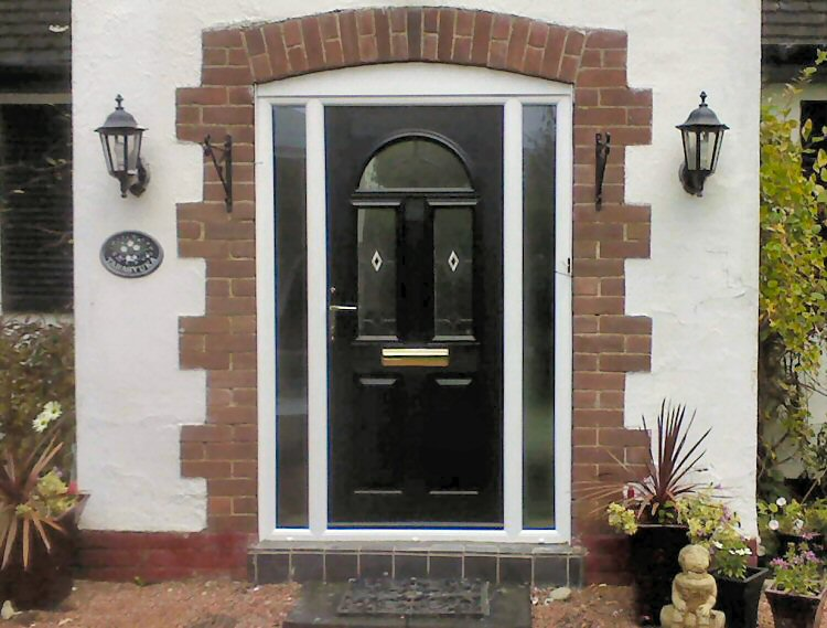 Great value Solidor composite door fitters Brighton & Solidor composite door installers Brighton and Hove or supply only Pezcame.Com