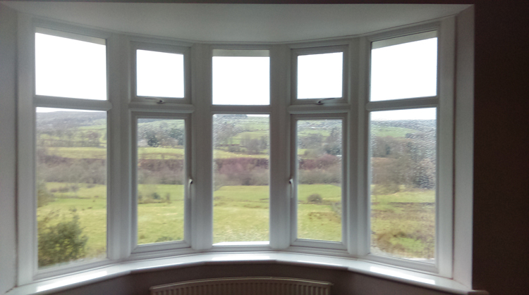 Bay window installers northumberland bay window repairs for Energy efficient bay windows