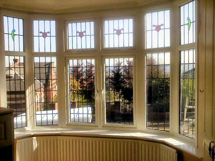Replace old windows with a bay bow windows photo of for Bay window replacement